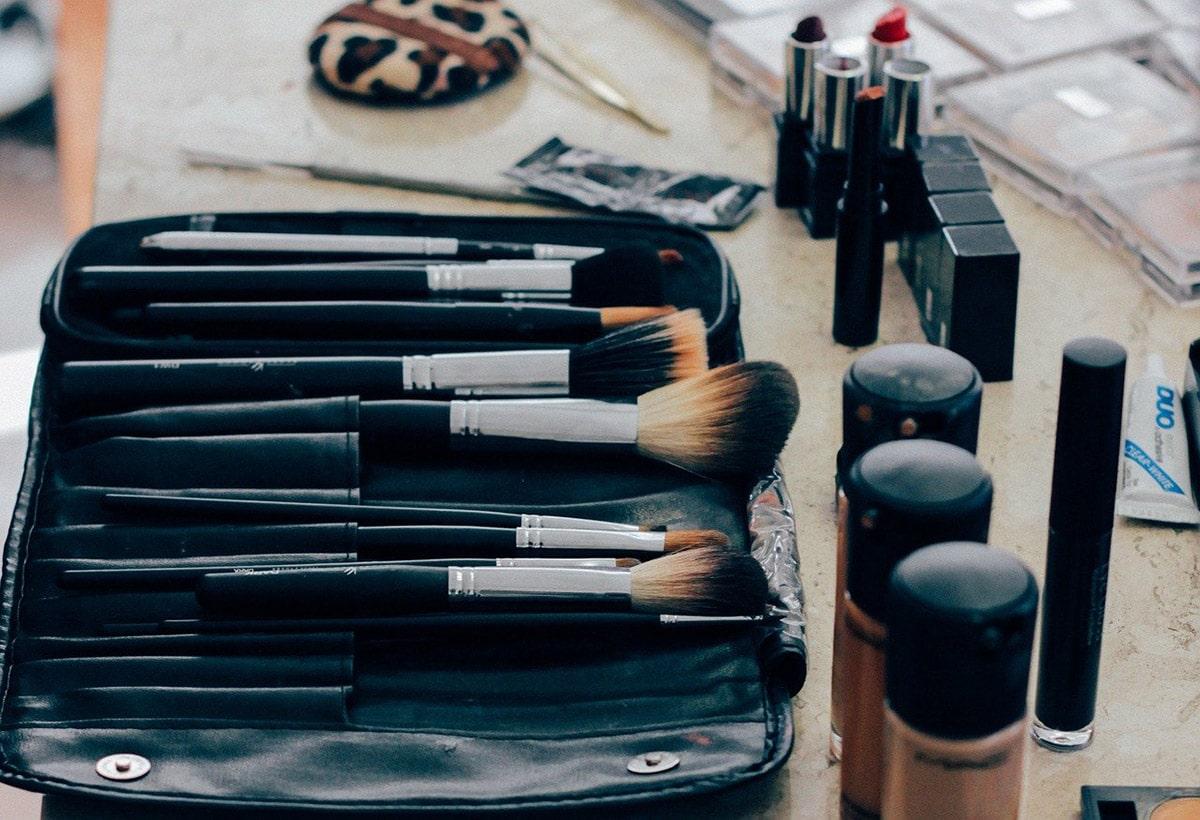Unhealthy Ingredients in Makeup