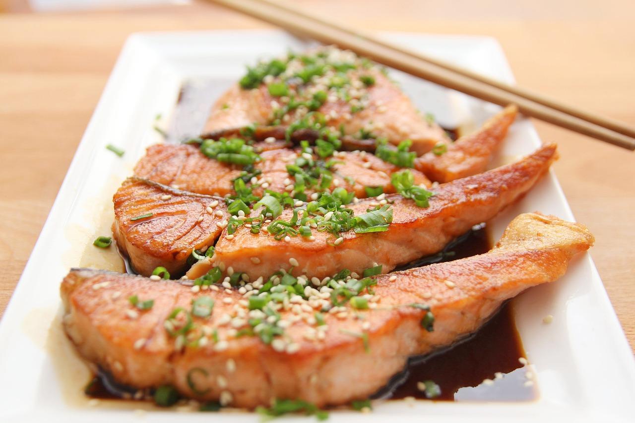 salmon healthy protein